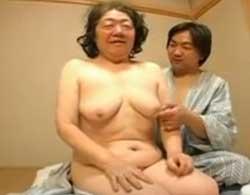 六十路還暦のおばあちゃんが豊満垂れまくりボディでひっさしぶりのセックス!