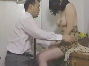ヘンリー塚本の一日3回をほぼ毎日するセックスしすぎな仲良し夫婦北条あみの日常を描く昭和ポルノw