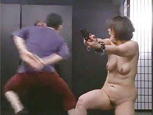 円城ひとみ》母は強しww母子でヤクザ者に捕まるもナカ出し輪姦から隙を突いて銃を奪って…