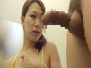 柳田やよい》親父の再婚相手が38歳な巨乳三十路熟女でどうにもメガ巨根が反応してしまってNTRw