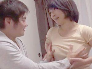 安住涼子》激モデルな四十路美巨乳おばさんav女優のお家で筆おろししてもろたって…お前、超最高やなww