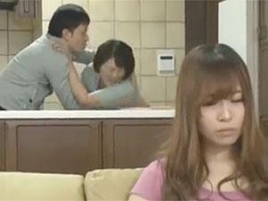 円城ひとみ》娘婿に寝取られちゃう五十路巨乳なおばさん熟女人妻!